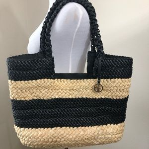 Giani Bernini Large Woven Shoulder bag